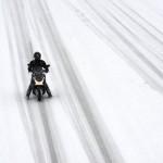 Robogóval hóban és sárban